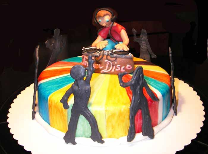 S Cake Disco